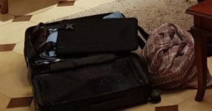 gepackter Koffer und Rucksack